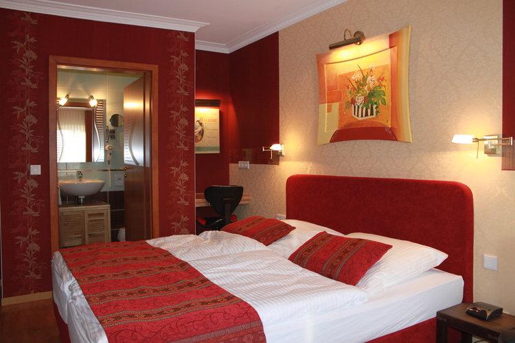 Hotelzimmer landhaus wremer deel gmbh for Hotelzimmer teilen